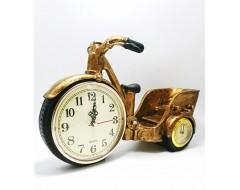 Figurina cu ceas si termometru